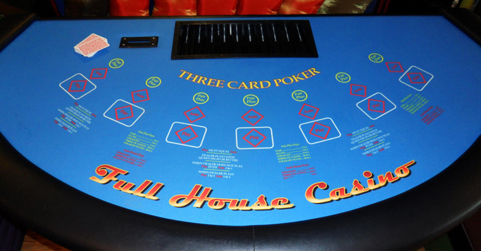picture of 3 card poker table