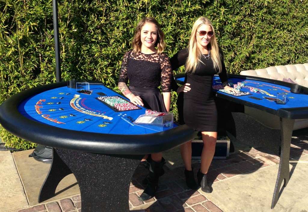 Full House Casino Blackjack Table with Dealers